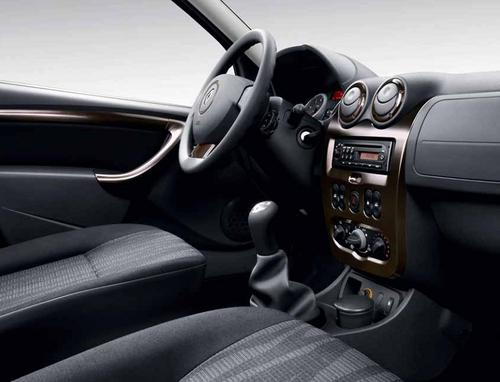 RENAULT DUSTER INTERIOR PAINEL