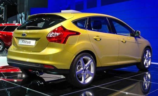 Novo Ford Focus 2012 Hatch Traseira